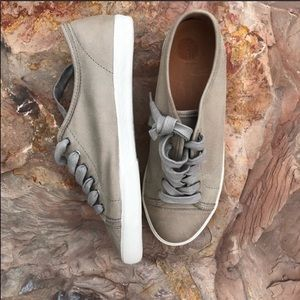 Frye Mindy Low Lace Leather Round Toe Sneakers 8